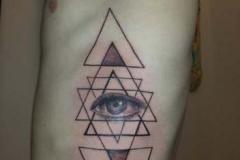 ribcage-pyramid-illuminati-detail-wonderlandstudio